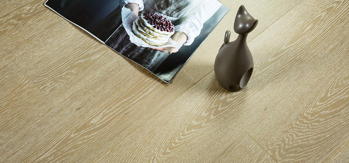 三层复合地板—橡木KYS802